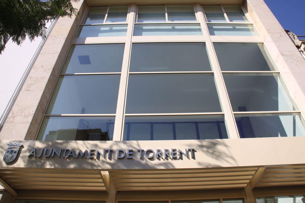 Nous espais tramita 451 ayudas de alquiler social de la for Alquiler oficina torrent